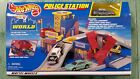 HOT WHEELS WORLD POLICE STATION K9 UNIT CAR COPS  ROBBERS FIGURES 1999 New NOS