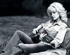 DOLLY PARTON W/ GUITAR NASHVILLE COUNTRY MUSIC SINGER LEGEND 8X10 GLOSSY PHOTO