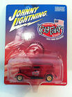 Johnny Lightning 1/64 1933 Ford Delivery New York City Toy Fair 2002 MOC