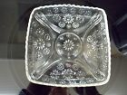 VINTAGE CLEAR GLASS SQUARE PLATE WITH DAISY/SUNFLOWER MOTIF  SAW TOOTH RIM GL141