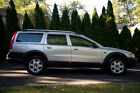 Volvo: XC70 2005 Volvo XC70 below $400 dollars