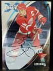 Steve Yzerman 2002-03 In The Game Signatures Silver Foil AUTO Hard Signed!