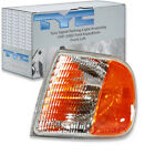 TYC Front Left Turn Signal Parking Light Assembly - 1997-2002 Ford Expeditio sa