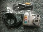 Nikon COOLPIX 2200 Digital Compact Camera with Zoom / complete with cables