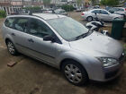 LARGER PHOTOS: 55 Ford Focus Estate 1.8 LX TDCi w Roof Bars