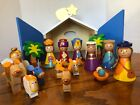 16 PIECE HAND PTD WOOD NATIVITY W WOOD CRECHE PLAY SET COMPLETE 842842 TRA CO