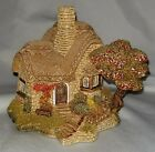 Lilliput Lane Ann Hathaway's Beehive Cottage Box 1989