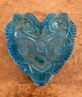 LE Smith Heritage Heart Shaped Dish Hobstar Pinwheel Pattern Colonial Blue