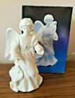 AVON NATIVITY COLLECTIBLES THE STANDING ANGEL1987 PORCELAIN FIGURINE WITH BOX