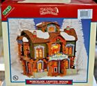 Lemax Village Collection Santa's Wonderland Reindeer Roost 05488