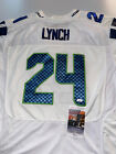Marshawn Lynch Rookie Cards and Autograph Memorabilia Guide 56