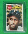 Roberto Clemente Cards, Rookie Card and Autographed Memorabilia Guide 12