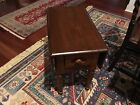 VINTAGE SOLID MAPLE WOOD DOUBLE DROP LEAF SIDE/END TABLE WITH DRAWER