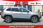 Jeep: Cherokee Trailhawk Jeep for $1000 dollars