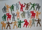 1960's LIDO ? miniature PLASTIC KNIGHTS MEDIEVAL FIGHTERS Made in HONG KONG (24)