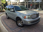 Lincoln: Navigator Ultimate 2005 lincoln for $6900 dollars