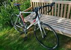 Giant Defy 4 Road Bike White and Red Large Size Good condiiton