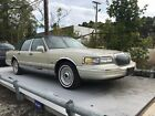 1997 Lincoln Town Car  below $1800 dollars