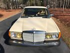 1981 Mercedes-Benz 200-Series  1981 for $4500 dollars