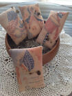 Set of 4 Primitive Patriotic Bowl Fillers Pillow Tucks Ornies Vintage Hare