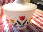 MINT 1950s BEAUTIFUL GREASE JAR Fire King TULIPS w LID Tulip Oven Ware FREE SHIP