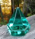 Vintage Mid Century ART GLASS 6 Sided PYRAMID PAPERWEIGHT RARE TURQUOISE COLOR