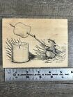 House Mouse ROASTING MARSHMALLOW Stampa Rosa Wood Mount Rubber Stamp Smores