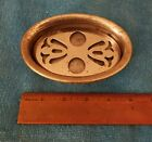 CO VICTORIAN BATHROOM/ KITCHEN FOOTED DECO SOAP DISH