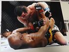 Anderson Silva Cards and Autographed Memorabilia Guide 38