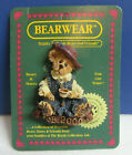 Boyds Bears and Friends Drinking Tea FOB 2000 The Bearwear Collection Pin
