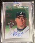 Chipper Jones Cards, Rookie Cards and Autograph Memorabilia Buying Guide 9