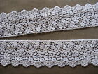 9 1/2 YDS LOVELY SCALLOPED WHITE COTTON FLORAL VENISE LACE EDGE