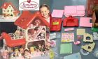 Vintage 1983 STRAWBERRY SHORTCAKE Berry Happy Home DOLL HOUSE - NEW with BOX!!