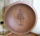 Grubby primitive Painted Combed edge Wood Wooden Bowl Christmas Tree Design M