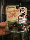 Greenlight 1/64 Running on empty 1941 Military 1/2 ton Texaco green machine NIB
