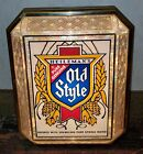 VINTAGE 1970S HEILEMANS OLD STYLE LIGHTED BAR WALL SIGN IN GREAT SHAPE