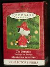 Hallmark Ornaments The Detective Spotlight On Snoopy 3rd Series 2000 Woodstock