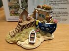 Lilliput Lane .. CYGNET .. Limited Edition - Exclusive .. BOX & DEED