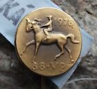 1978 State Race Course Horse Racing Parbubice Steeple Chase Pin Badge