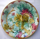Nice French plate Majolica ONNAING, 1900-1920: Grapes and Vine Leaves