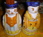 VTG ESTATE ITALY HM HP ROYAL GENTLEMAN & LADY ITALIAN POTTERY PITCHER VASE SET 2