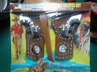 A lot of 4 TOY VINTAGE and a belt and two holsters,,  WESTERN 1975 new and used