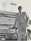 Walter Payton Football Cards, Rookie Card and Autograph Memorabilia Guide 72