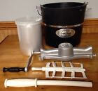 Aroma Hand Crank Ice Cream Maker 4 Quart