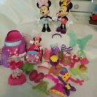 MINNIE MOUSE SNAP ON CLOTHES AND EXTRAS PLAY SET DISNEY