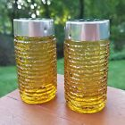 Set of (2) Anchor Hocking (Gold) Soreno (Salt and Pepper) Shakers (EXCELLENT)