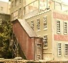 BAR MILLS HO SCALE COVERED STAIRWELL (2) | BN | 405