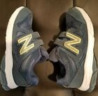New Balance Kids shoes blue hook and loop Size 135 WIDE