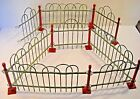 DECORATIVE TABLETOP DISPLAY METAL FENCE WITH POSTS
