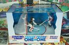 1997 Starting Lineup NHL Freeze Frame One on One Wayne Gretzky & Dominik Hasek